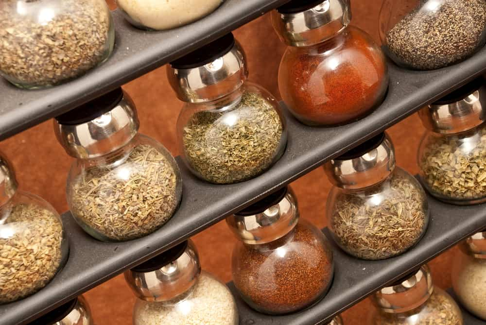 Kitchenland - Spice substitutions when in a pinch, spice rack